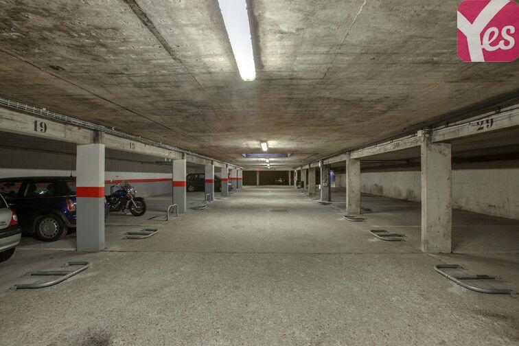 Parking Bibliothèque Colonel-Fabien - Montreuil pas cher