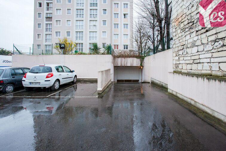 Parking Vieux Saint-Ouen location