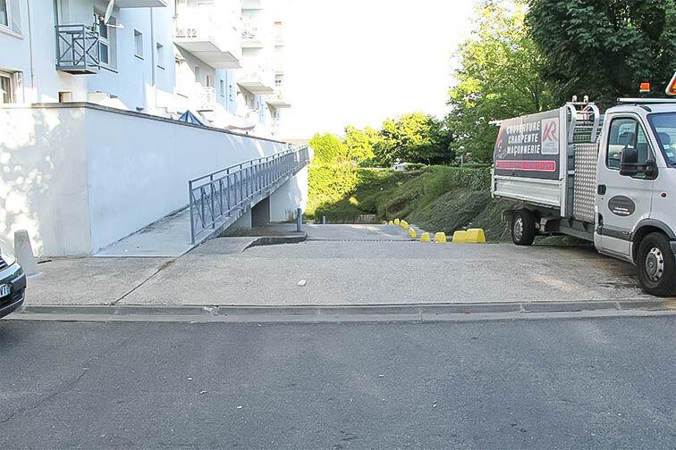 Parking Les Hauts-de-Cergy - Bontemps - Cergy caméra