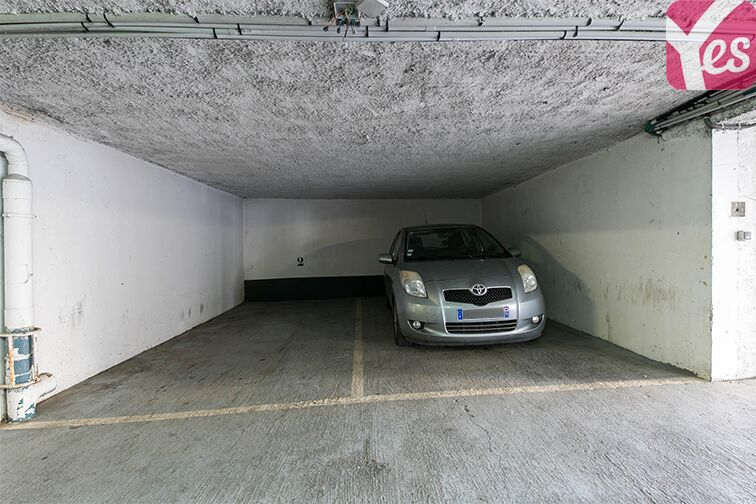 Parking Axe majeur - Horloge - Cergy Cergy