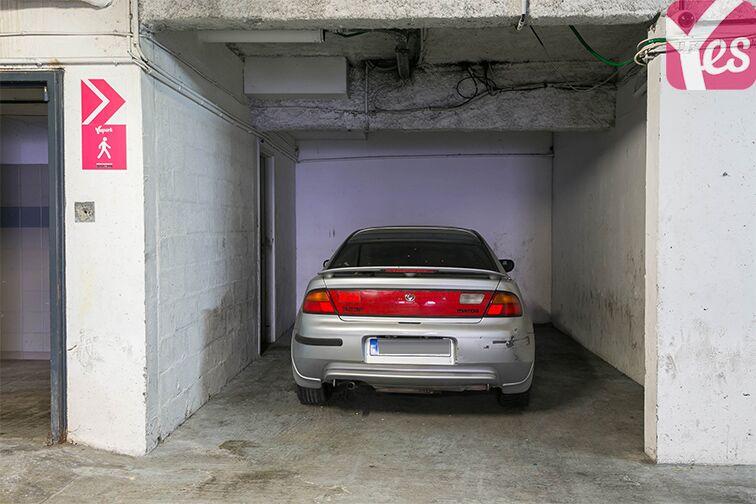 Parking Axe majeur - Horloge - Cergy 24/24 7/7