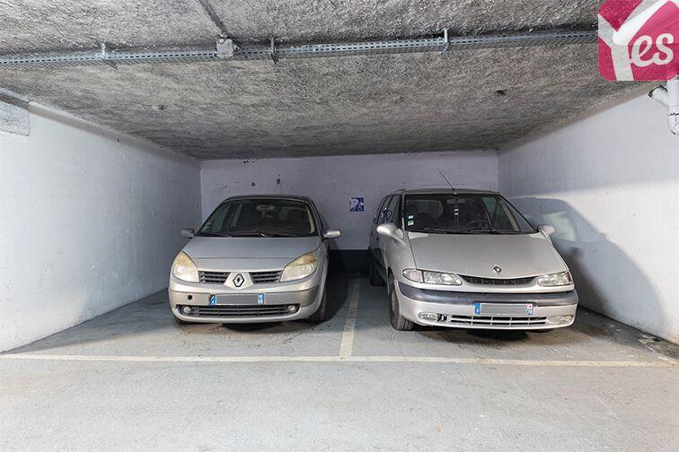 Parking Axe majeur - Horloge - Cergy à louer