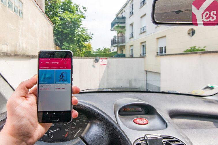 Accédez au parking grâce à votre smartphone et l'application mobile Yespark !