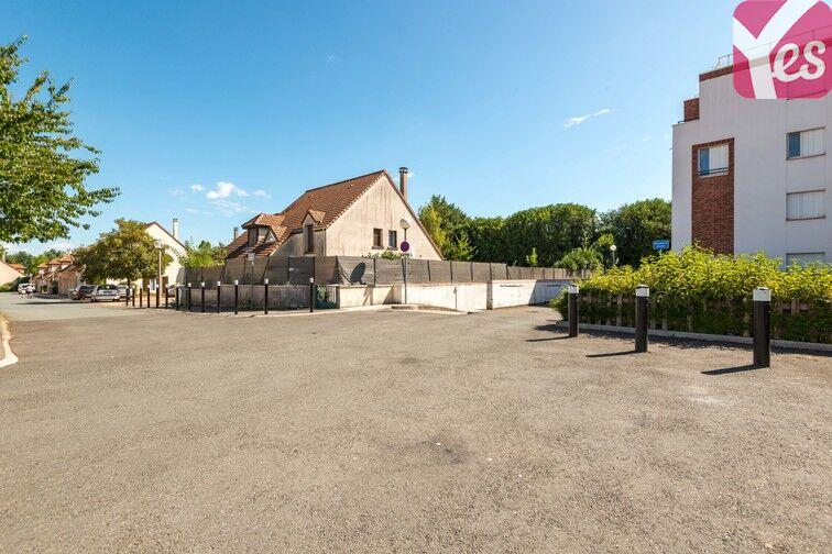 Parking Le Berceau - Les Réaux - Elancourt pas cher