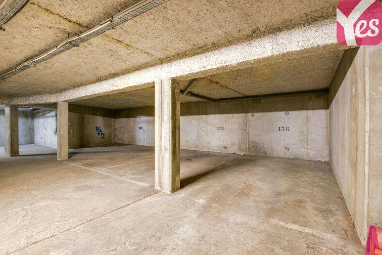 Parking Europe - Place des Alpes - Guyancourt (Droite) souterrain