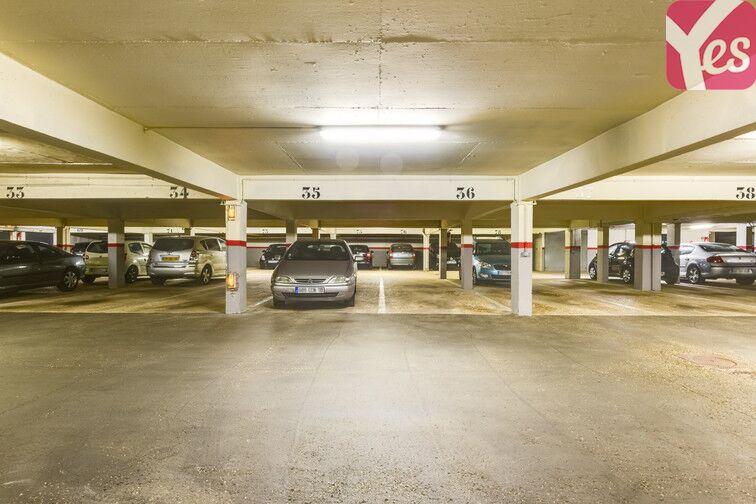 Parking La Chataigneraie - La Celle-Saint-Cloud pas cher