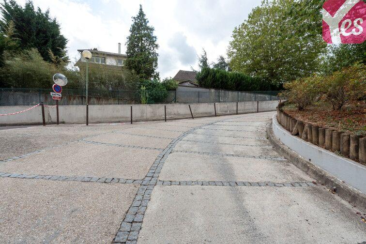 Parking La Chataigneraie - La Celle-Saint-Cloud box