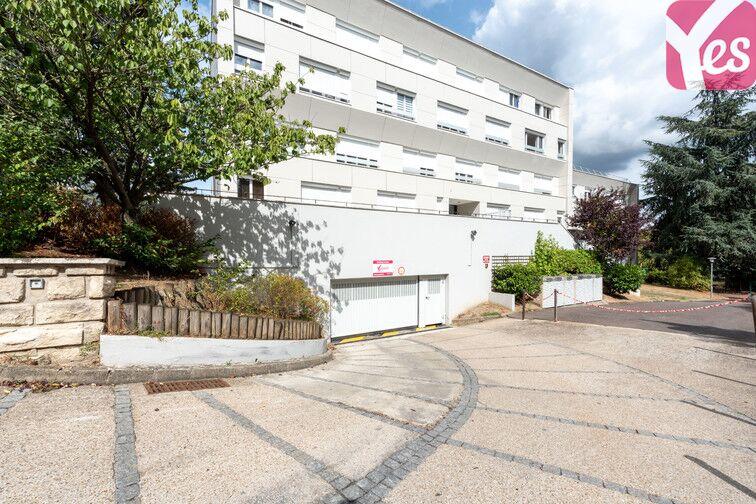 Parking La Chataigneraie - La Celle-Saint-Cloud avis