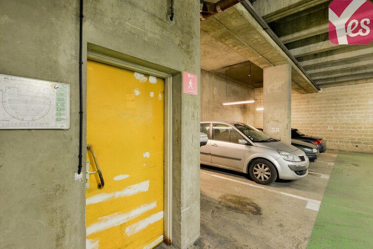 Parking Saint-Quentin - Montigny-le-Bretonneux Montigny-le-Bretonneux