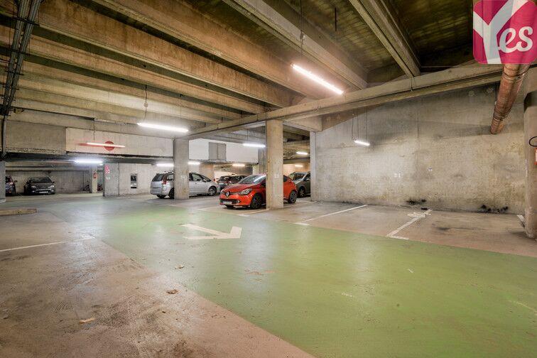 Parking Saint-Quentin - Montigny-le-Bretonneux 78180