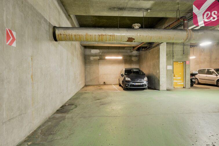 Parking Saint-Quentin - Montigny-le-Bretonneux à louer