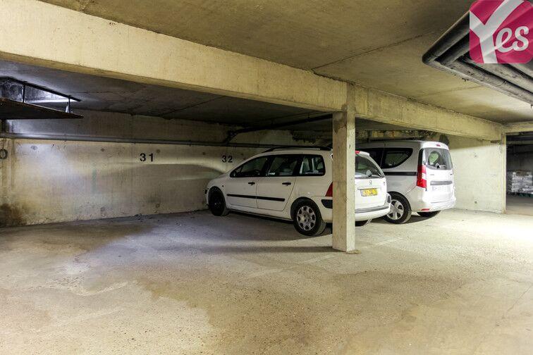 Parking La Sourderie Nord - Montigny-le-Bretonneux Montigny-le-Bretonneux