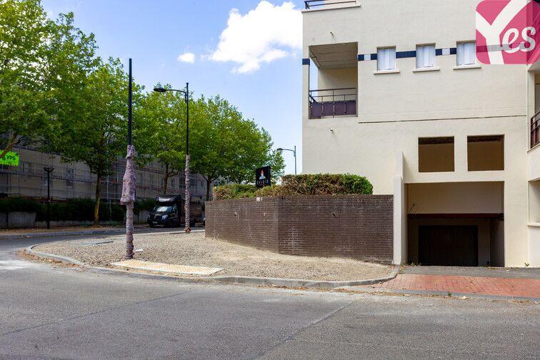 Parking La Sourderie Nord - Montigny-le-Bretonneux gardien