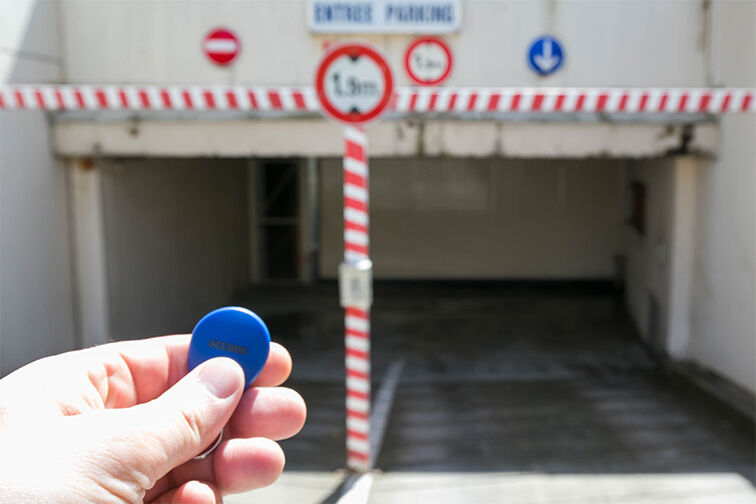 Entrez dans le parking grâce à un badge