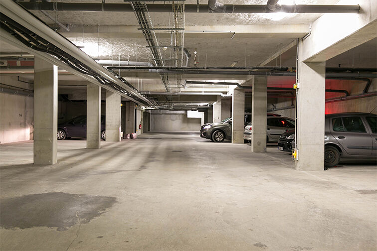 Parking Place du Thyrse - Cergy souterrain