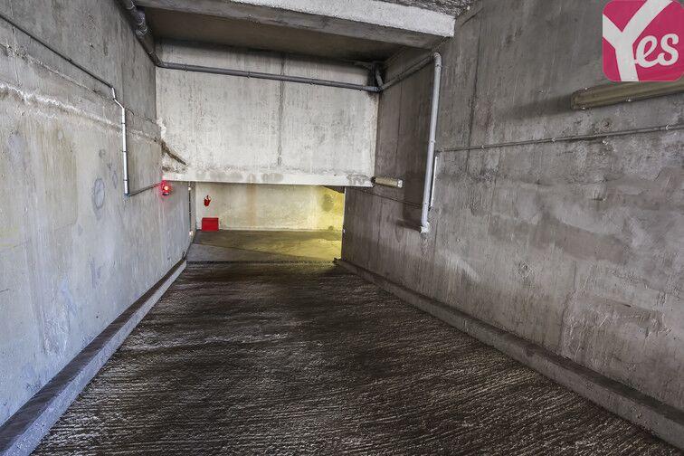 Parking Guynemer - Rue de Malakoff - Châtillon location