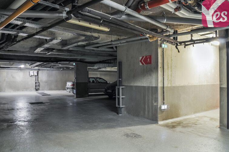 Parking Eglise - Gare - Neuilly-Plaisance garage