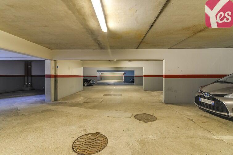 Parking Les Pyramides - Place des Miroirs - Evry sécurisé