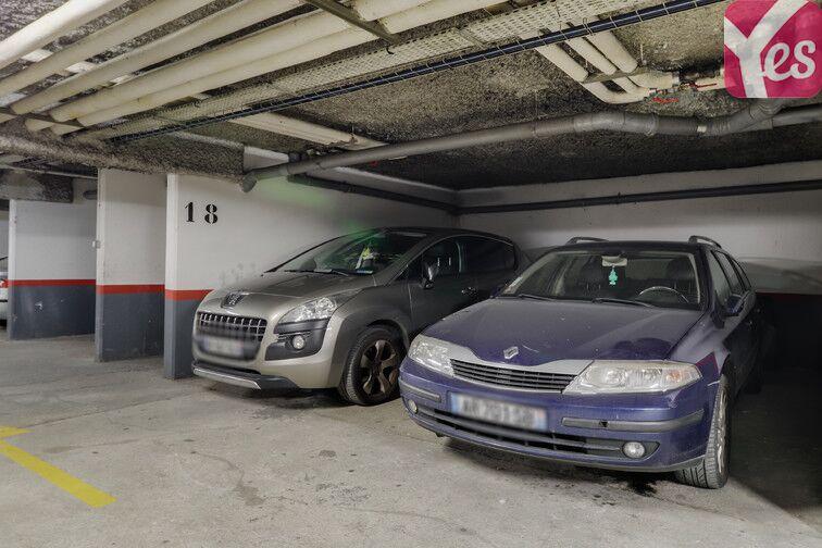 Parking Les Epinettes - Square Paul Lafargue - Evry location
