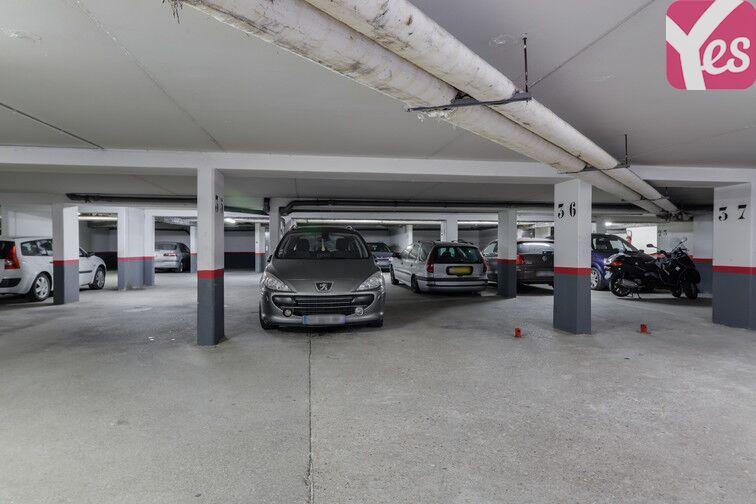 Parking Les Epinettes - Square Paul Lafargue - Evry 1 square Paul Lafargue