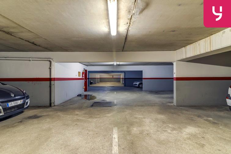 Parking Les Pyramides - Bd Europe - Evry box
