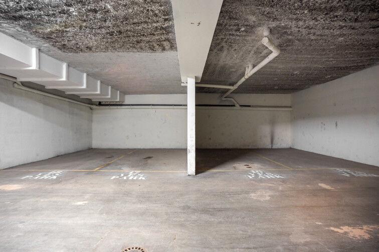 Parking Folie Couvrechef - Caen pas cher