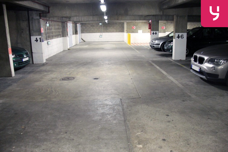 Location parking Botzaris - Paris 19