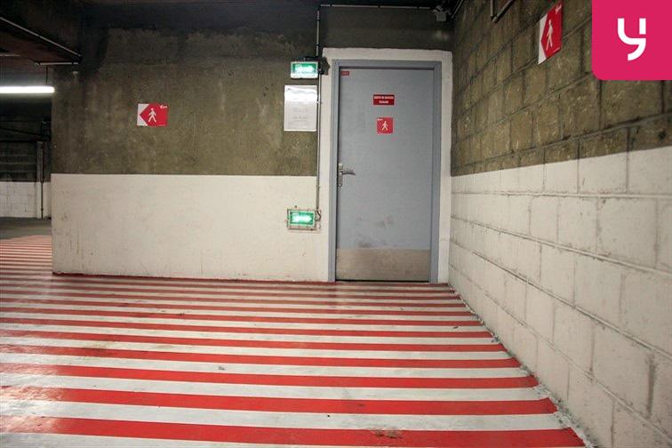 Parking Botzaris - Paris 19 garage