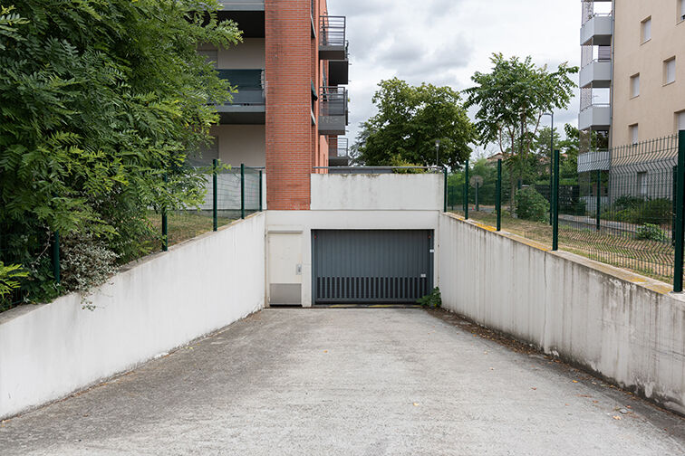 Parking Arènes Romaines - Saint-Martin du Touch - Toulouse box