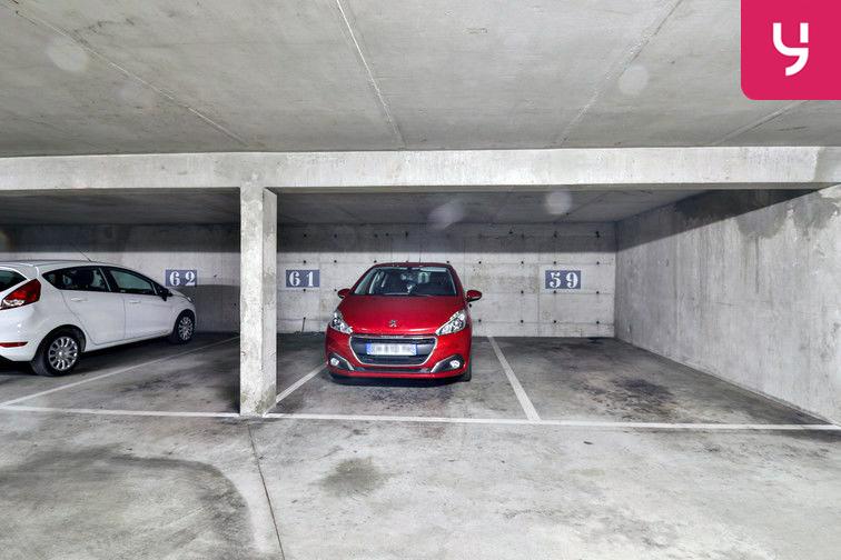 Parking Gare - Godillot - Hyères en location