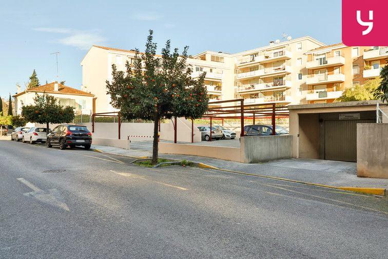 Parking Gare - Godillot - Hyères location