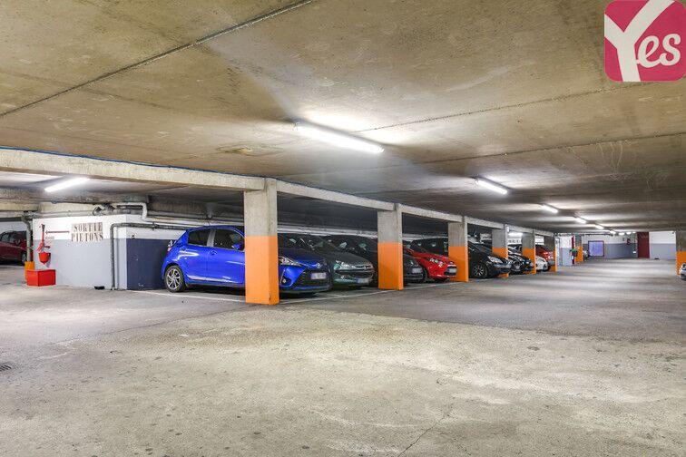 Parking Volontaires - Gare Montparnasse 24/24 7/7