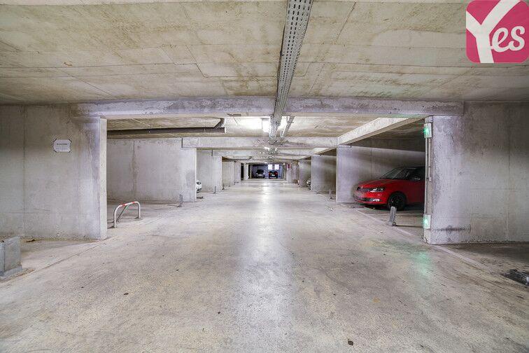 Parking Ste Marguerite Dromel - Marseille 8 pas cher