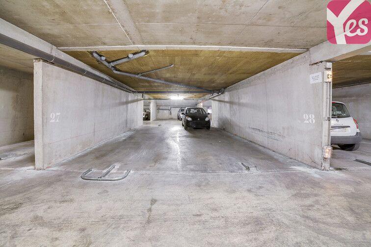 Parking Ste Marguerite Dromel - Marseille 8 en location