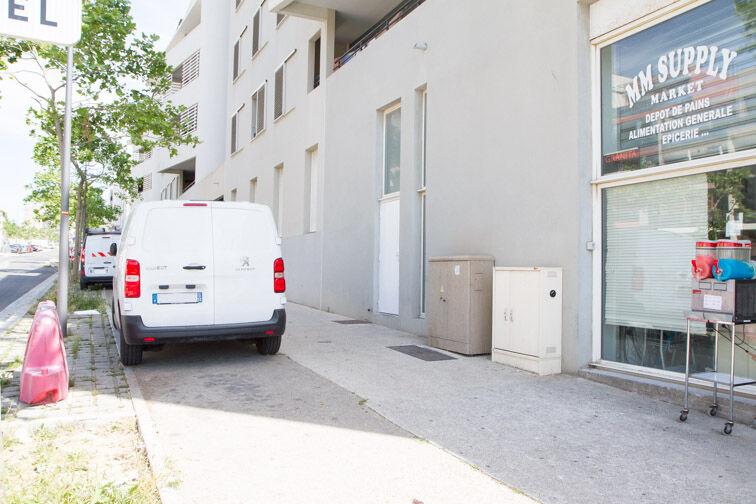 Parking Le Merlan - Marseille 14 caméra
