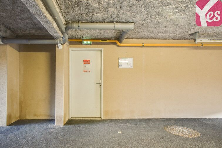 Parking Montferrand box