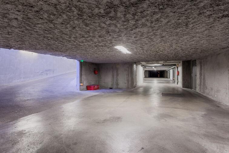 Parking Métro Place Jean Jaurès - Lyon 7 sécurisé