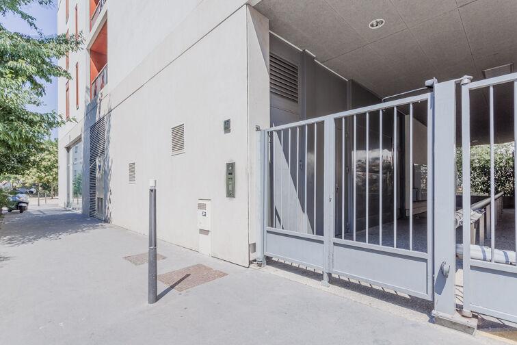 Parking Métro Place Jean Jaurès - Lyon 7 en location