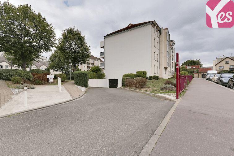 location parking Versailles - Montreuil - rue Bazin