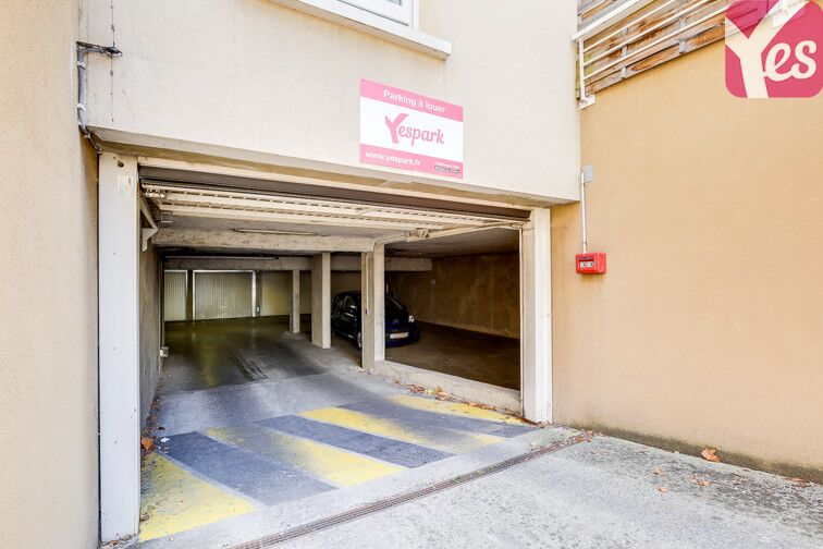 Parking Grand Trou - Moulin à vent garage