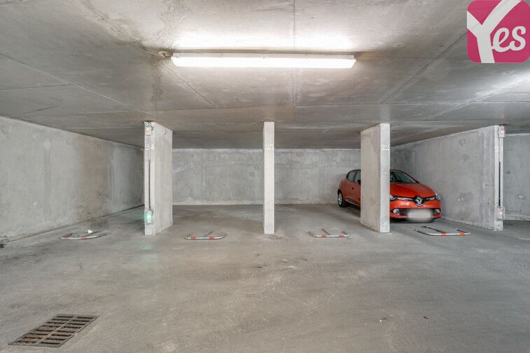 Parking Perrallière garage