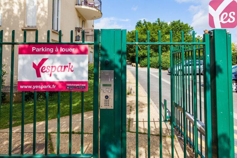 Parking Allée Clément Marot - Beauvais gardien