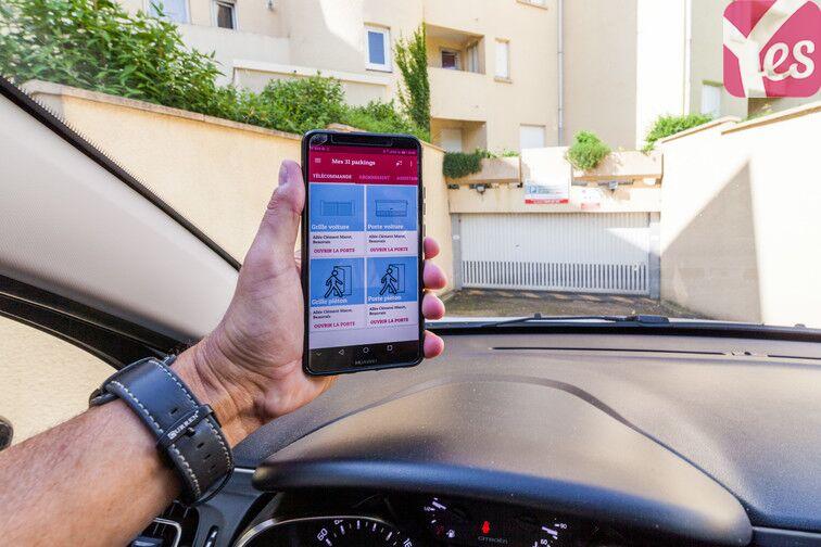 Accéder au parking en utilisant votre application mobile Yespark ;)