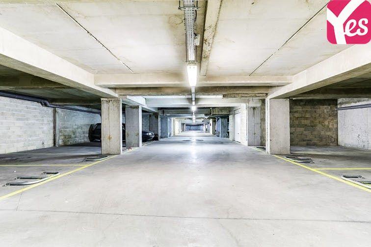 Parking Gare de Plaisir Grignon en location