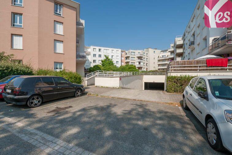 Parking Clé Saint-Pierre - Pissaloup - La Revanche - Élancourt location