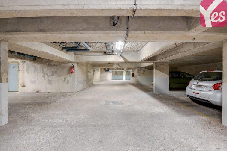 Parking Rue Hoche - Centre-ville - Houilles 45 Rue Hoche