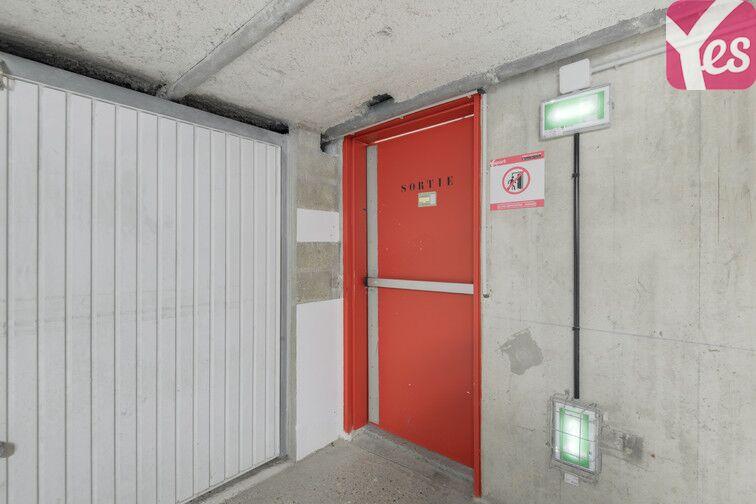 Parking Rue des Quatre Vents - Voisins-le-Bretonneux pas cher