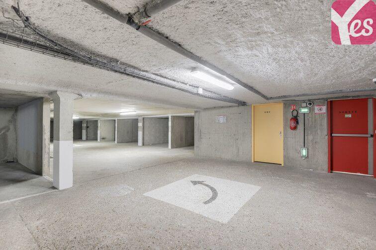 Parking Rue des Quatre Vents - Voisins-le-Bretonneux garage