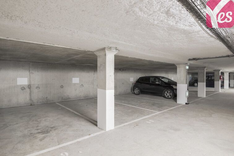Parking Rue des Quatre Vents - Voisins-le-Bretonneux 78960