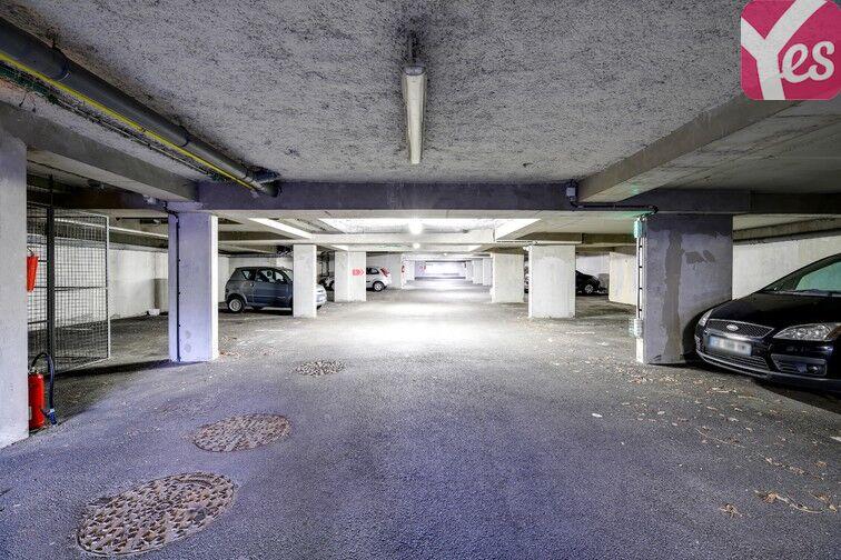 Parking Piscine de l'Axe Majeur - Nantes Erdre en location